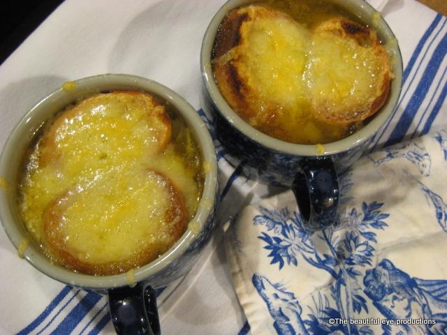 ... onion soup bistro bis onion soup les onion soup de les halles with